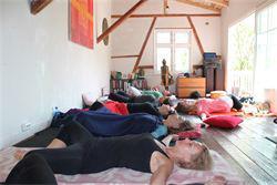 Pust yoga, mindfulness i praksis